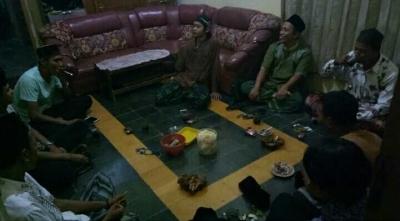 Urun Rembug Persiapan Tarawih Keliling dan Pembentukan Kepengurusan Baru PR GP Ansor Kujangsari