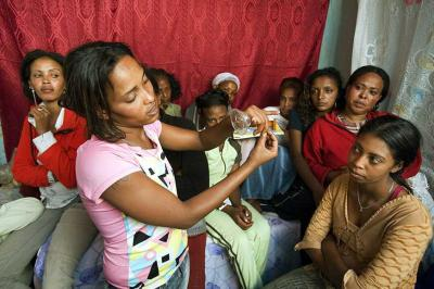 Pasal 481 RUU KUHP Menghambat Penanggulangan Epidemi HIV/AIDS di Indonesia