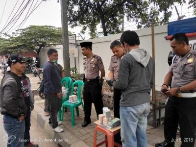 Kapolsek Cengkareng Cek Jasa Penukaran Uang untuk  Antisipasi Peredaran Uang Palsu