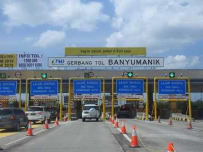 Menyusuri Jalan Tol Semarang - Surabaya Saat Mudik