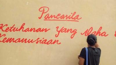 Pengamalan Nilai-nilai Pancasila dalam Film Lima