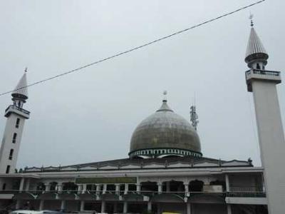 Jumatan di Masjid Terbesar Kota Sorong