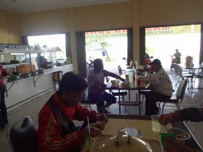 Mengunjungi Usaha Konveksi Kerabat, Inspirasi Hidup di Hari Lebaran