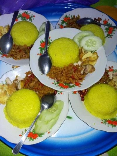 Tradisi Idul Fitri, Makan Nasi Punar Bersama di Pacitan