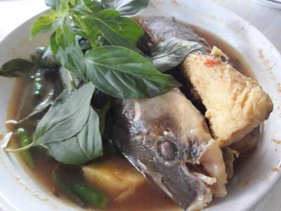 Sedapnya Pindang Ikan Baung di Palembang