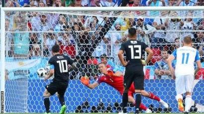 Lembar Piala Dunia 2018, Hattrick Ronaldo, Messi yang Membeku dan De Javu sang Jawara