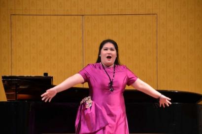 Penyanyi Opera Indonesia, Jenny Stephanie Daely Lolos Semifinal Kompetisi di Hongkong