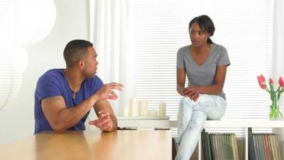 Mengapa Lelaki Tidak Segera Melamar Perempuan yang Lama Dipacarinya?