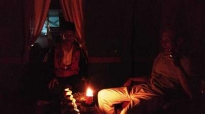 Gara-gara Tangan Jahil, SUTT di Kerinci Roboh dan Listrik Padam Berhari-hari