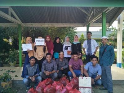 Alumni SMPN 1 Awangpone Melaksanakan Kegiatan Solidaritas