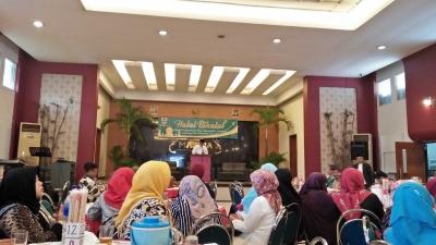 Sepenggal Makna dari Halal Bi Halal