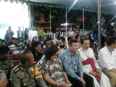 Doa Bersama dalam Memperingati Empat Puluh Hari Peristiwa Ledakan Bom di Surabaya