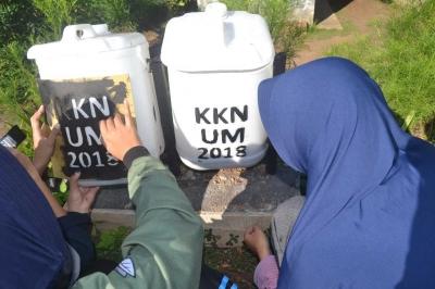 KKN UM Desa Balesari Gelar Cipta Bersih Sampah Guna Meningkatkan Masyarakat Peduli Lingkungan