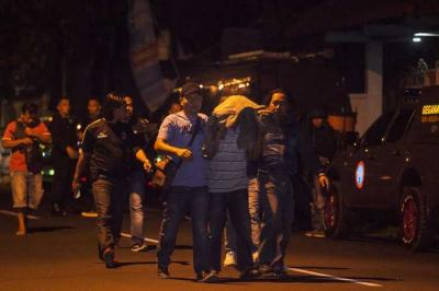 Ratusan Teroris Ditangkap dan Tewas, di Mana 'Pusdiklatnya?'