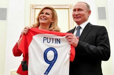 Permainan Cantik Putin dalam Politik Diplomasi