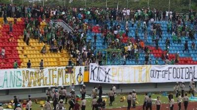 Lagi-lagi, Kericuhan Suporter Sepak Bola di Indonesia Terjadi