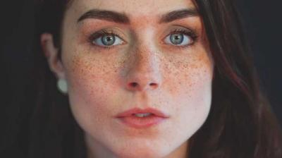 """Freckles Make-up"", Menyulap Kekurangan Menjadi Kelebihan"