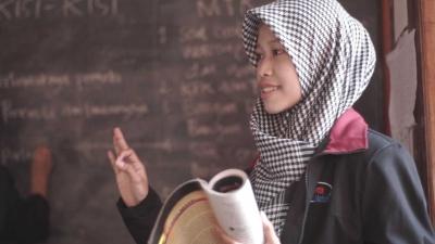 Tingkatkan Pengetahuan Umum dan Agama melalui Program Bimbel dan TPQ