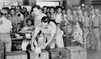 Indonesia Pernah Menyelenggarakan Pemilu Paling Demokratis Meski Suasana Genting