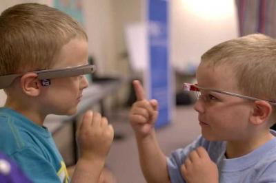 AR Glasses Membantu Anak-anak Penderita Autisme untuk Berinteraksi