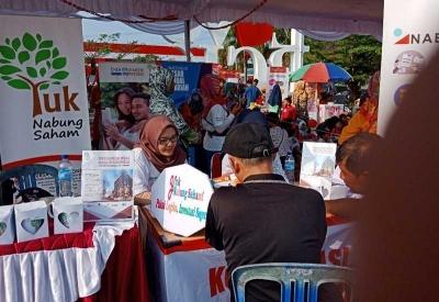 IndoPremier Edukasi Pengunjung Festival UMKM di Babel