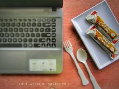 SOYJOY Crispy, Snack Sehat yang Mengenyangkan dan Menyenangkan
