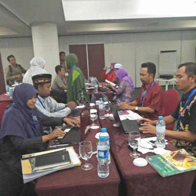 Diskusi Kelompok tentang Penilaian HOTS dalam Ujian Madrasah Tahun 2018