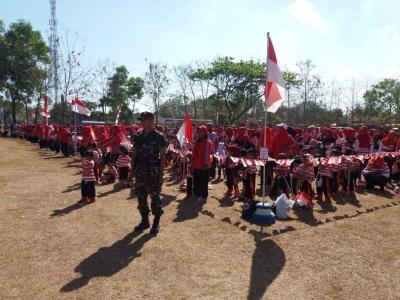 Peringati HUT Ke-73 RI, Anak-anak TK di Kec. Slahung Gelar Tari Warok