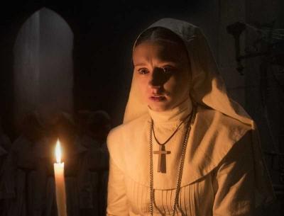 Ulasan Film The Nun, Kehilangan Sisi Mistis Karena Terlalu Seram