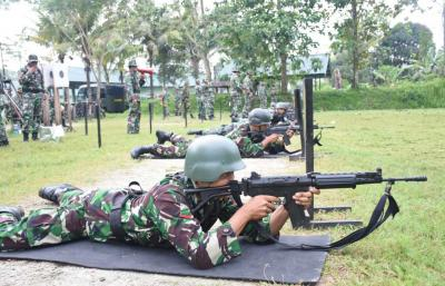 Tingkatkan Kemapuan Menembak, Korem 151/Binaiya Gelar Latbakjatri TW III