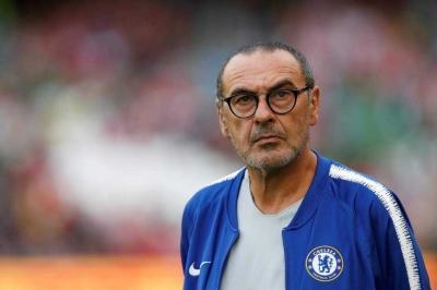 Sarri Bikin Abramovic Batal Jual Chelsea