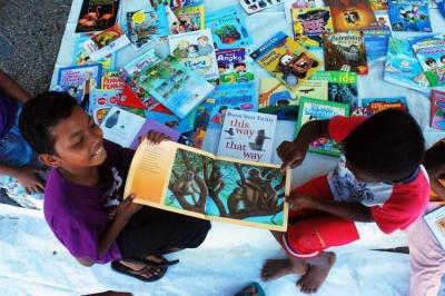 Ketika Buah Hati Meminta Buku, Bagai Surga Mengalir dalam Diri Orangtua