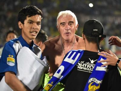 Pesan Pelatih Persib Bandung kepada Bobotoh Jelang Laga versus Arema