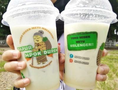Apa Saja Isi Sajian Soup Durian Khas Dapur Mpok Duren?