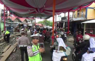 Ancaman Hukum Menyelenggarakan Perayaan Hajatan yang Mengganggu Jalan