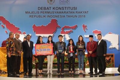 DARE FH UPH, Komunitas Mahasiswa yang Melatih Skill Berdebat dan Beragumen