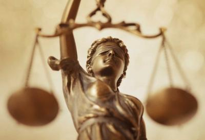 Menunggu Sidang Praperadilan Gunawan Jusuf
