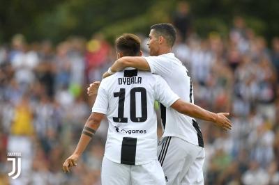 Drama 2 Gol Cristiano Ronaldo dan Ludah Douglas Costa
