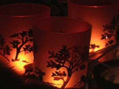 Puisi | Di Tengah Keremangan Malam