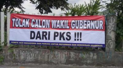 Spanduk Tolak Wakil Gubernur PKS Beredar, Mungkinkah Ulah Taufik-Gerindra?