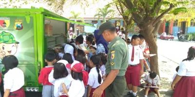 Koramil 0815/09 Mojosari Hadirkan SIMOKOS di Lima Sekolah