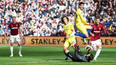 Magic Sarri ball Terhenti, West Ham Tahan Chelsea Seri!