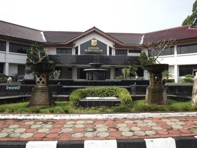 Berkeliling Cibinong, Ibukota Kabupaten Bogor