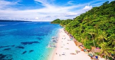 Tips dan Trik Liburan di Pantai yang Terik