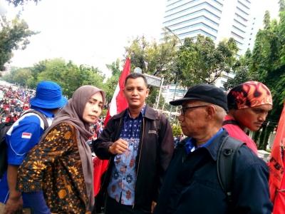 Koalisi Buruh Jakarta Tuntut UMP DKI 4,3 Juta Tahun 2019