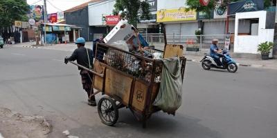 Dunia Tanpa Sampah Bukan Impian