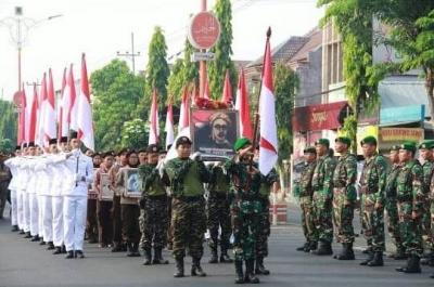 Dandim 0815-Forkopimda Sambut Peserta Napak Tilas Perjuangan Syuhada Kemerdekan RI
