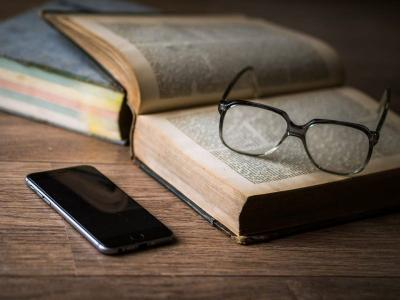 Tantangan Minat Baca dalam Dunia Literasi Generasi Milenial