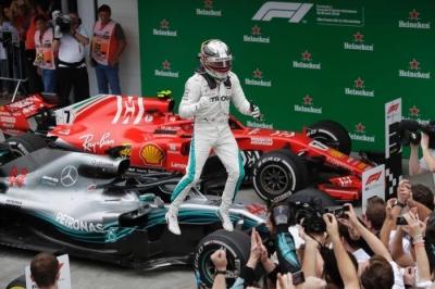 "GP Brazil, Insiden ""Idiot"" Gagalkan Kemenangan Verstappen"