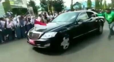Perihal Warga Menerobos Iringan Mobil Presiden